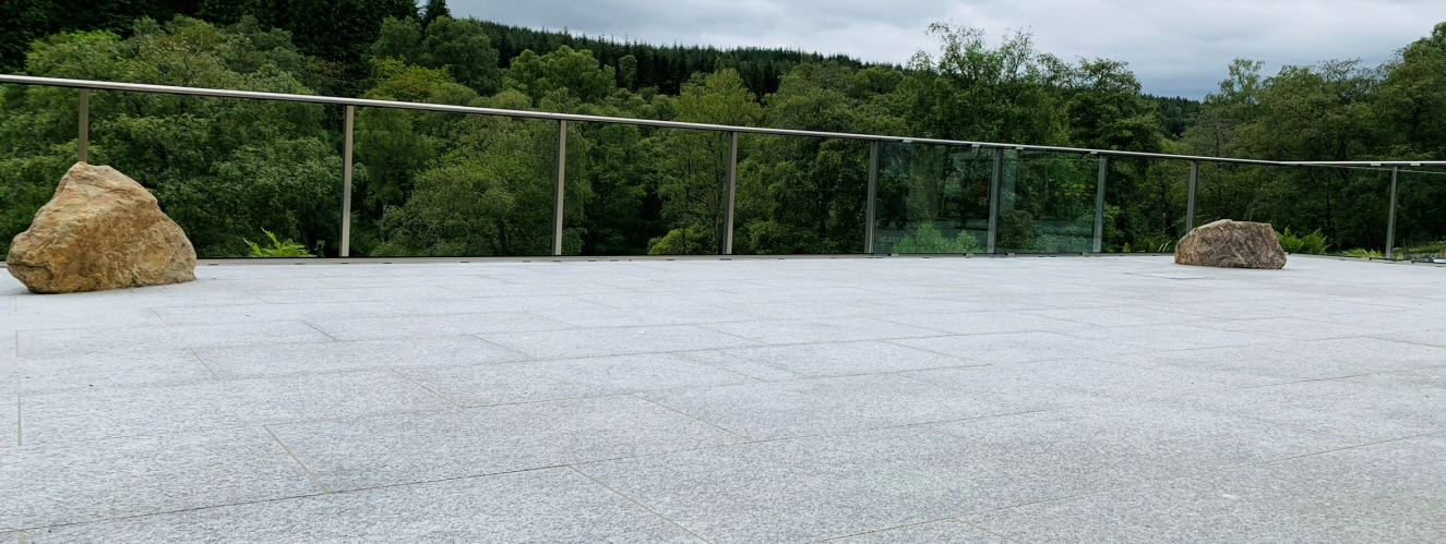 <h2>Granite Patio</h2><div class='slide-content'></div>